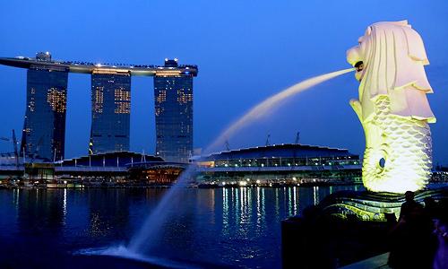 シンガポールは法律で明確にオンラインカジノを規制