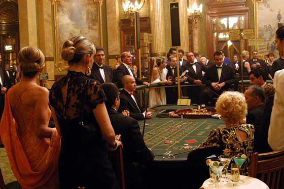 お金持ちの国の中の格式高いカジノ
