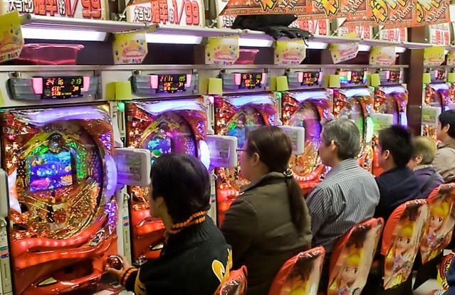 むしろ、カジノよりギャンブル依存症では・・・