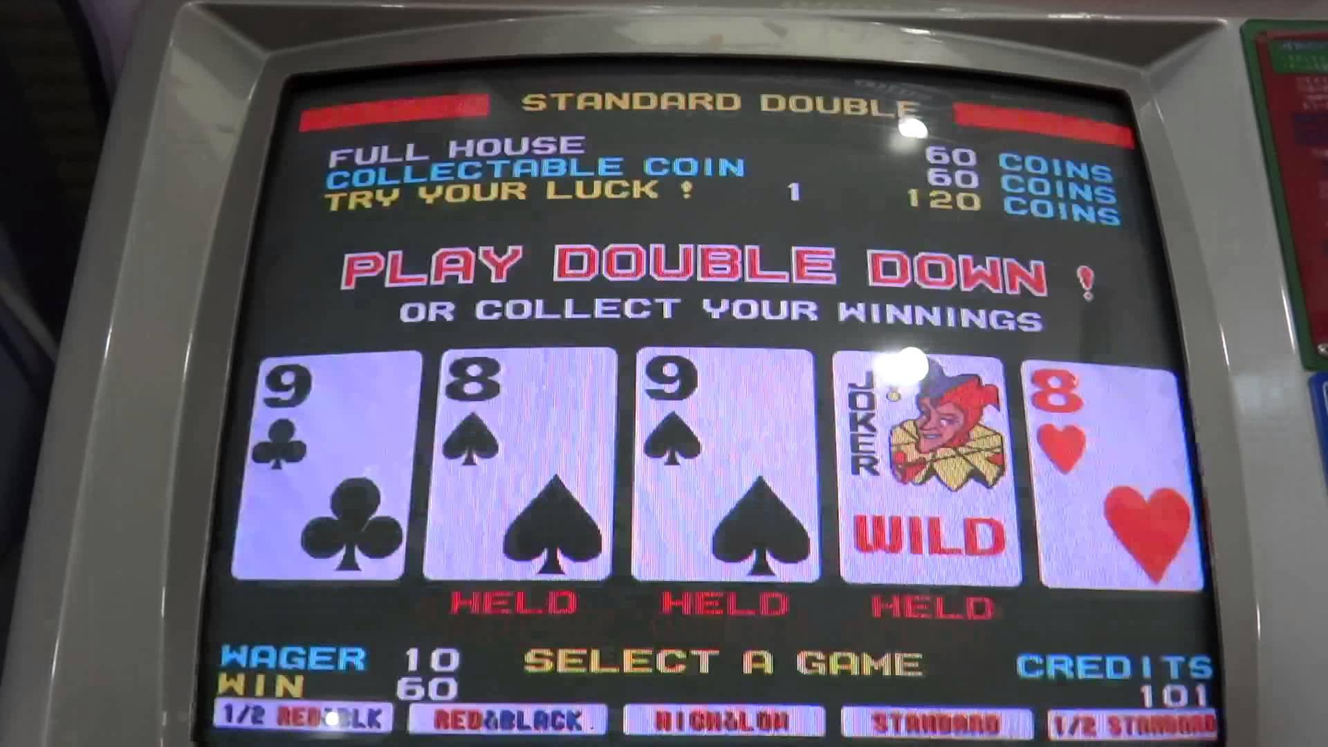 クローズド・ポーカーの典型となったビデオポーカー