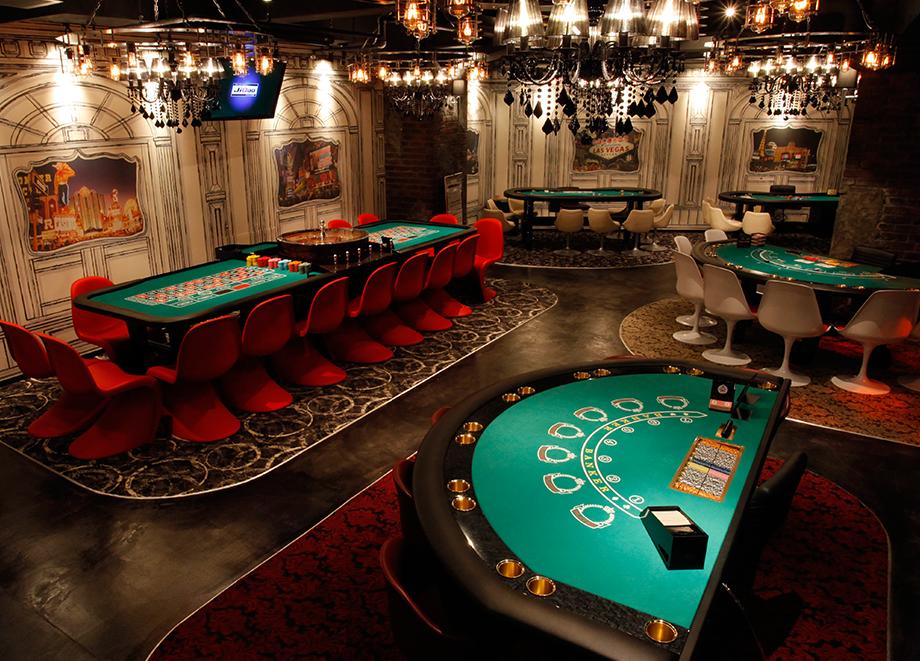 東京・新宿にあるカジノアミューズメント「ジクー」