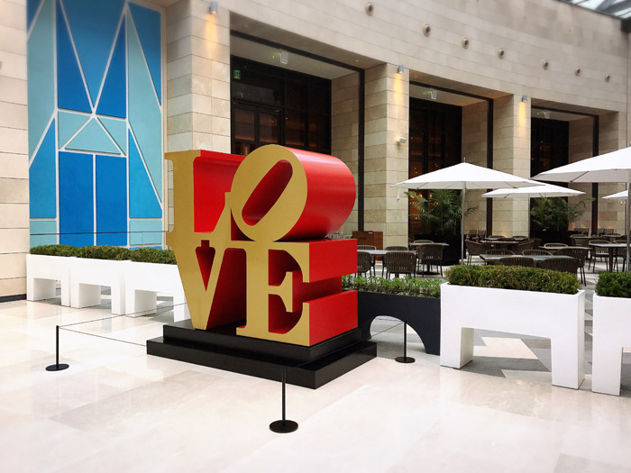 Love sculptures(LOVEの彫刻)